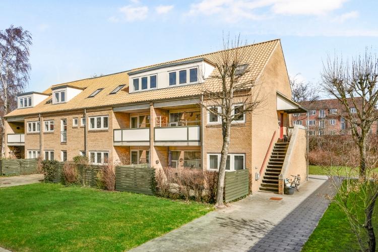 Ejendom med 50 boliger i Odense solgt til aarhusiansk investor