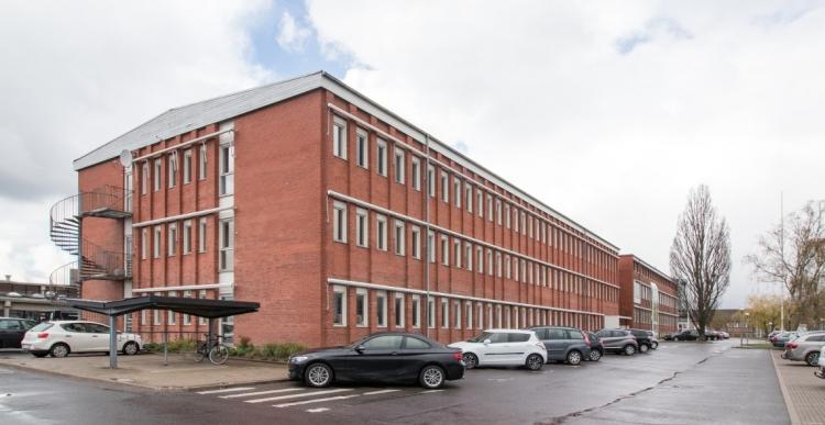 13 kontor- og værkstedslejemål udlejes i Brøndby