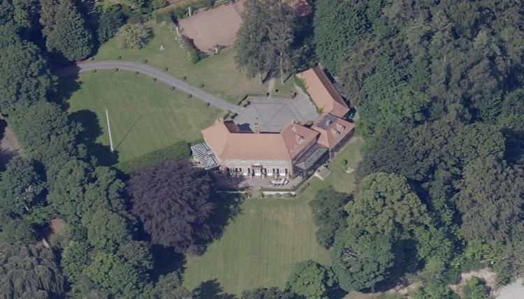 Sølbeck købte for 18 millioner og sælger bolig for 150 millioner til Wennike