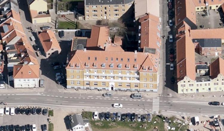 Bank rykker ind i mondæn hotelbygning i Kalundborg