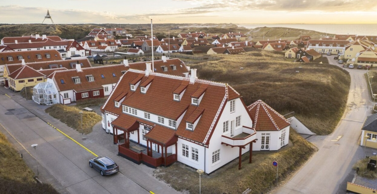 Kendt hotel i Skagen i mål med renovering og udvidelse
