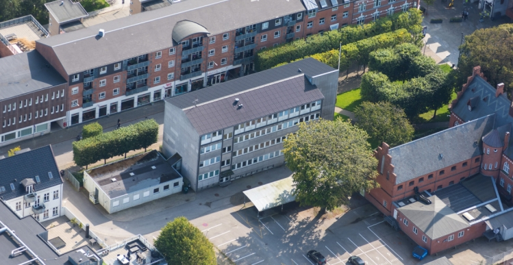 Lokal investor omdanner politistation i Herning til boliger