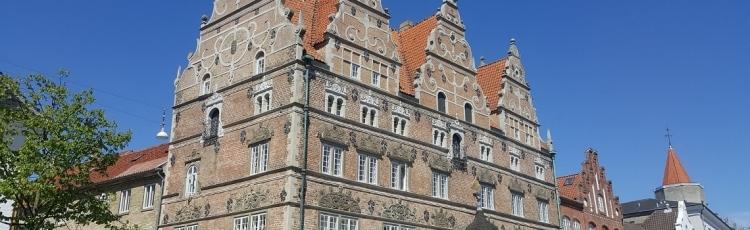 Lovgivning om fredede og bevaringsværdige bygninger