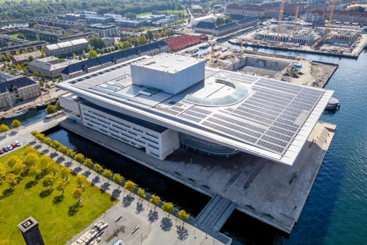 Den Kongelige Opera med 3.500 kvm solceller