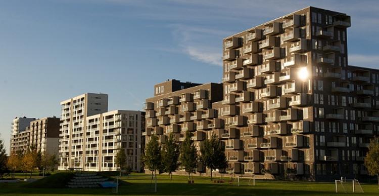 Flere boligsælgere sætter udbudsprisen ned