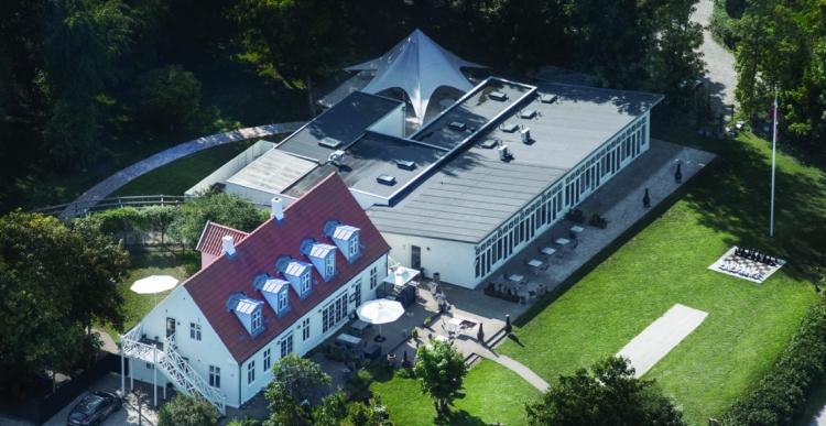 Arkitekter sætter konferencecenter ved Aarhus til salg for 12,5 millioner