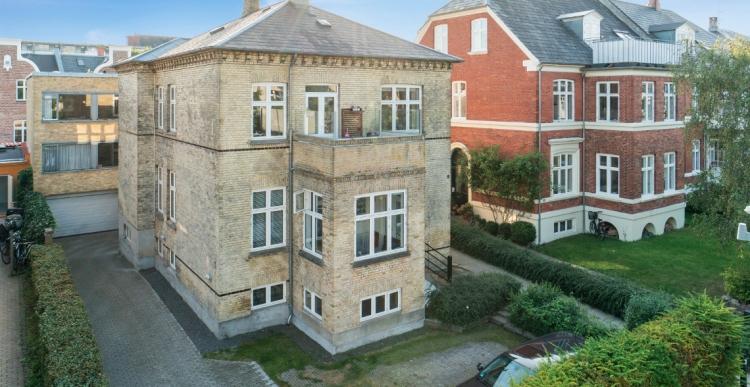 Investeringsejendom på Frederiksberg skifter hænder for 15 millioner
